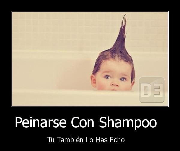 peinarse con shampoo