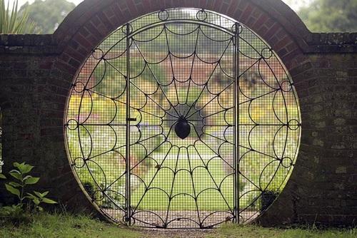 puerta telarana