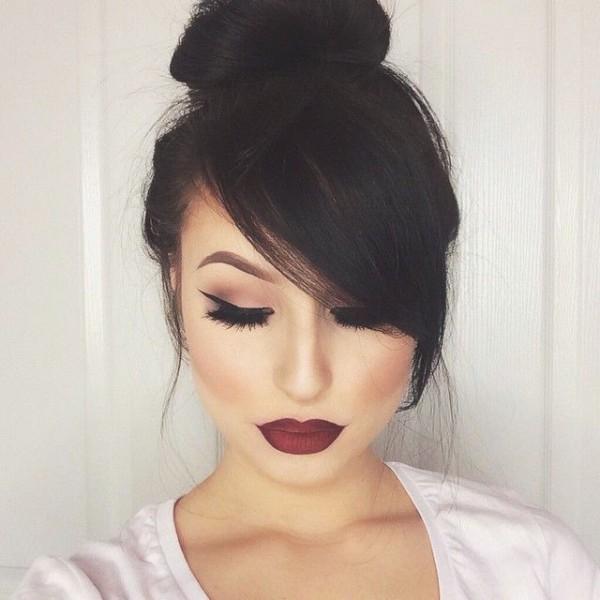 Maquillaje para vestido rosa y negro
