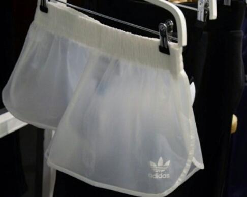shorts transparentes