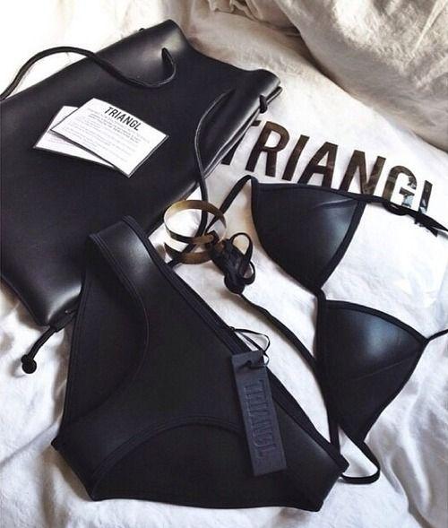triangle black