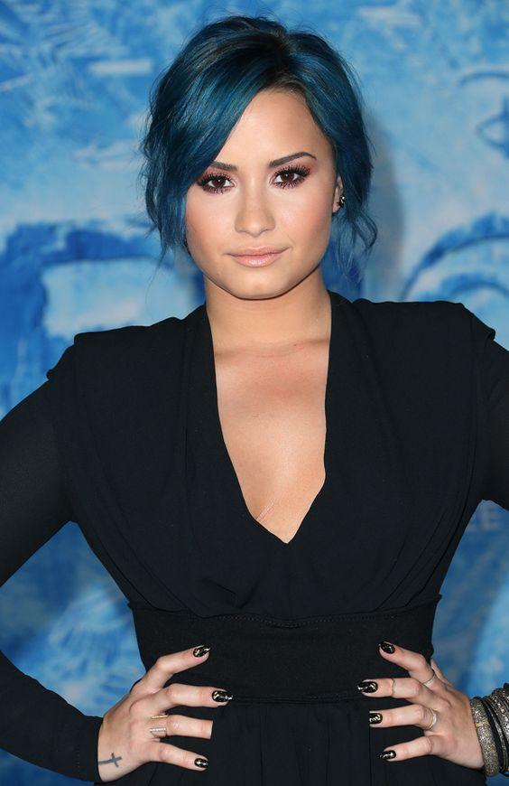 blue hair demi