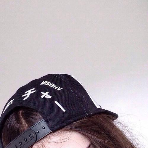 fbbef4a8d2f58 Le dará una nueva perspectiva a tus fotos. gorra selfie