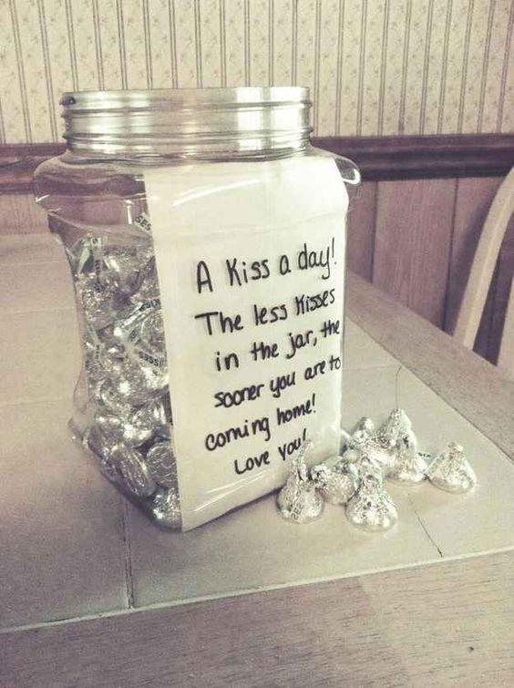 kisses gift