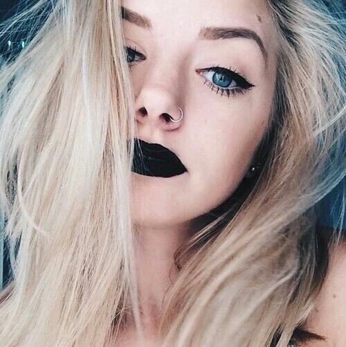 lipstick negro