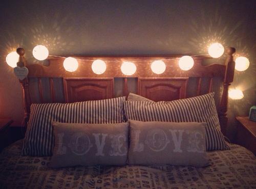 Cabeceras hechas por ti misma para decorar tu cuarto - Habitaciones con luces ...