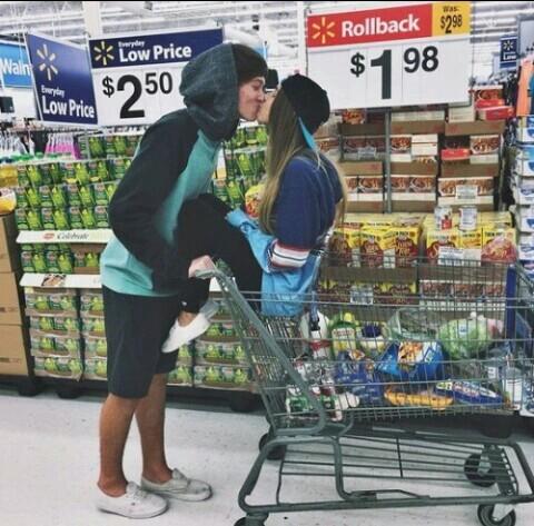 novios supermercado