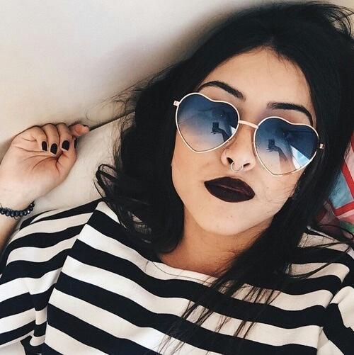 selfie lipstick negro