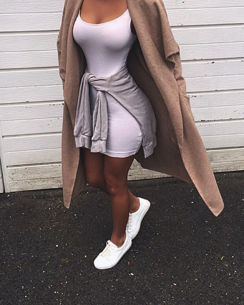 sneakers dress