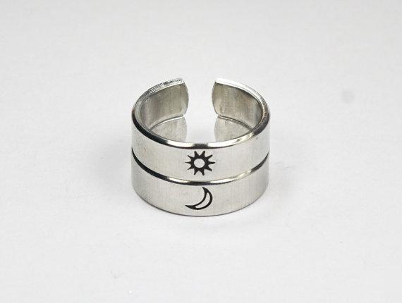 sol y luna anillos