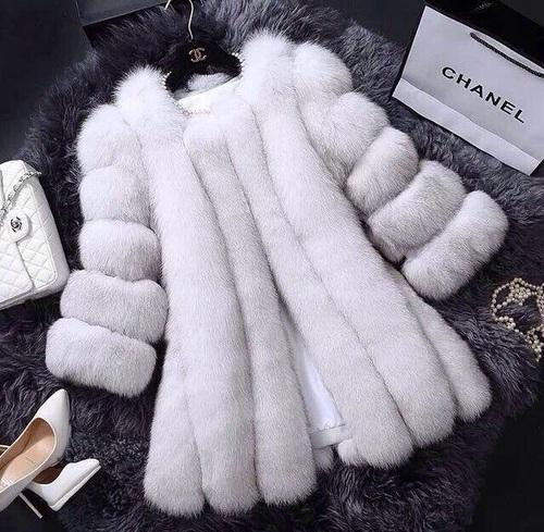 abrigo chanel