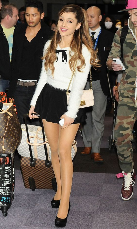 ariana-outfit