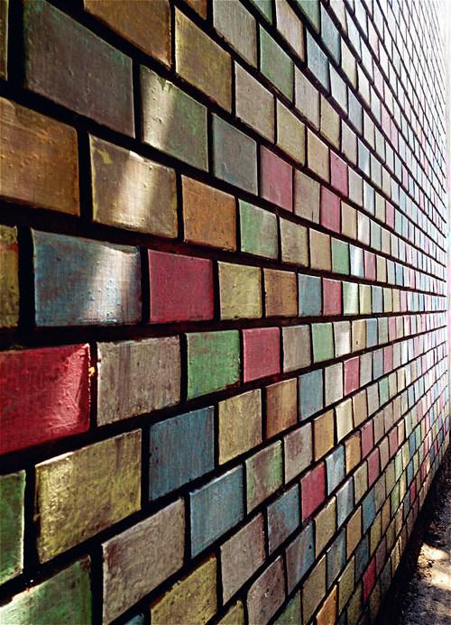 16 ideas para decorar una pared de ladrillos - Como adornar una pared ...