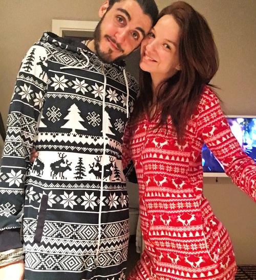 couple pijamas