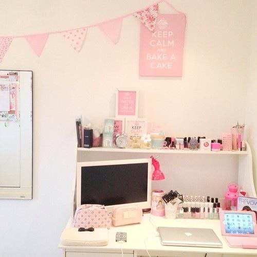 desk rosa