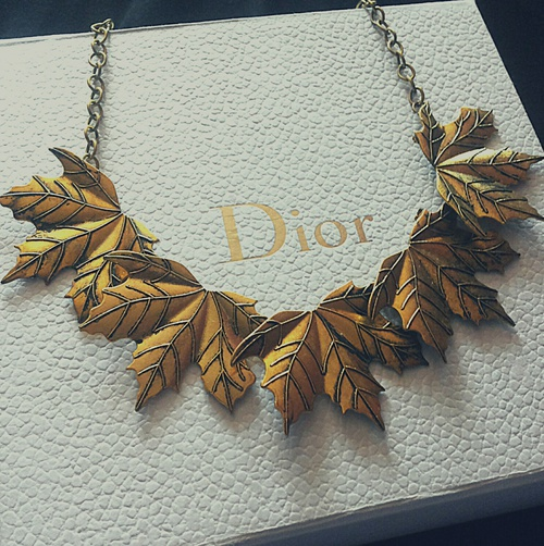 dior hojas