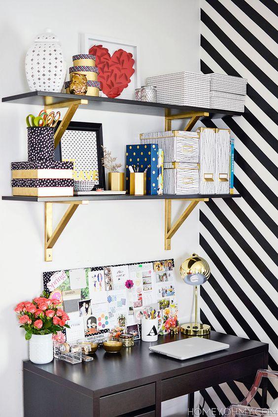 espacio para trabajar dorado