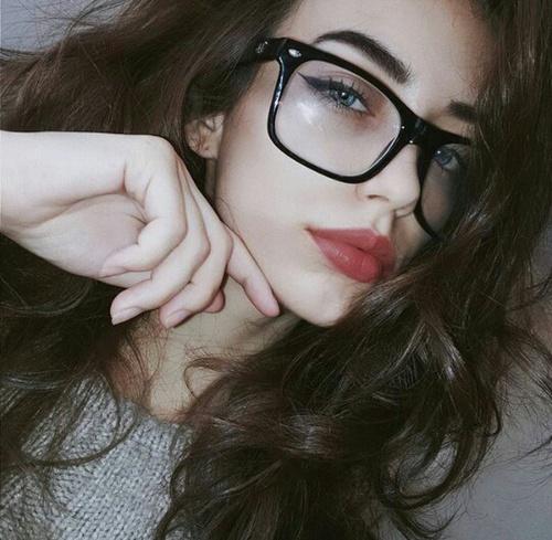 gafas chica