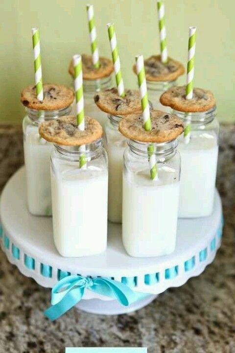 leche galletas