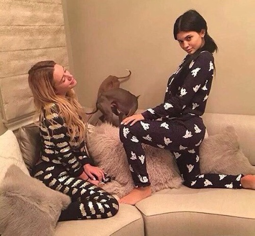 pijamas friends