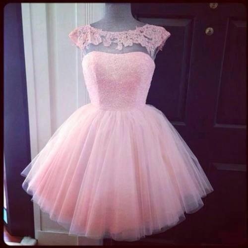 ea141762a El vestido de XV años no tiene porqué ser siempre de colores pasteles o  brillantes.