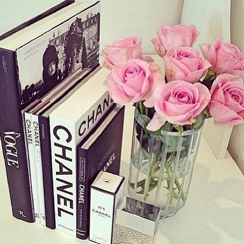 Ideas para decorar tu habitaci n o depa con tus libros - Libros de decoracion ...