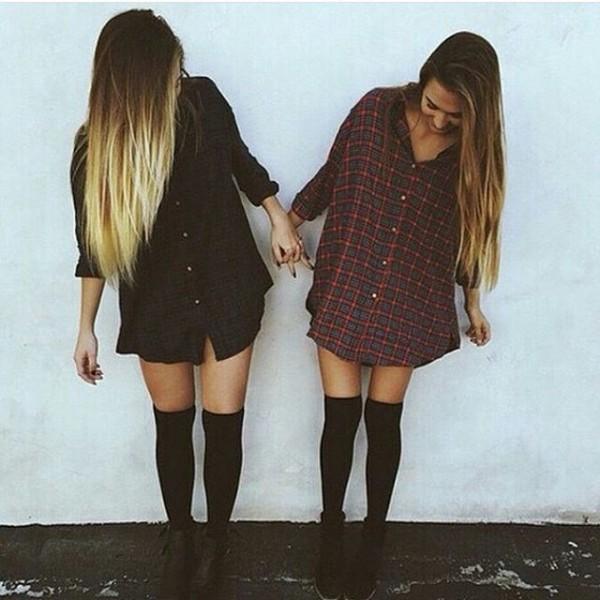 amigas vestidas iguales