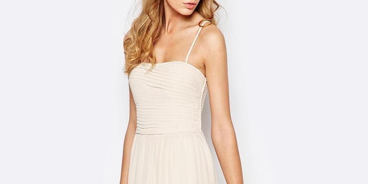 10 maneras de llevar blanco a una boda sin que se enoje la novia
