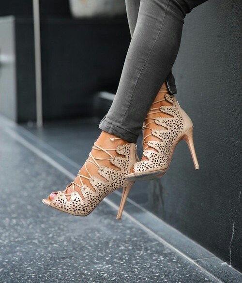lace up _heels