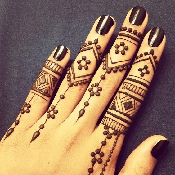 mehndi tatuaje