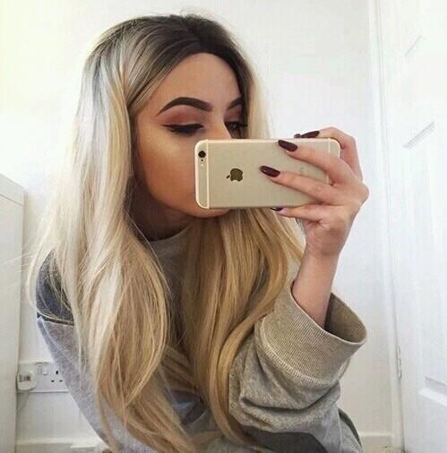 selfie nails