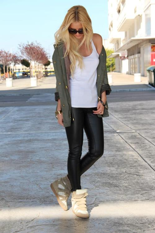 wedge sneakers fit