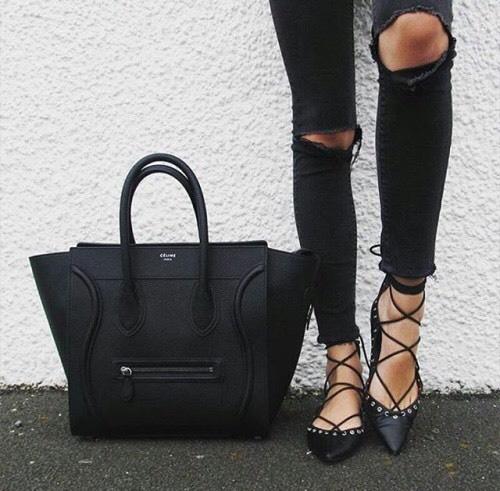 zapatos con bolsa