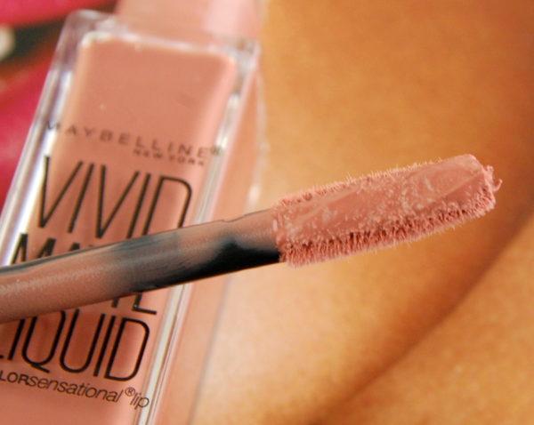 Maybelline Vivid Matte Liquid in Nude Thrill