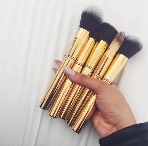 brushes gold