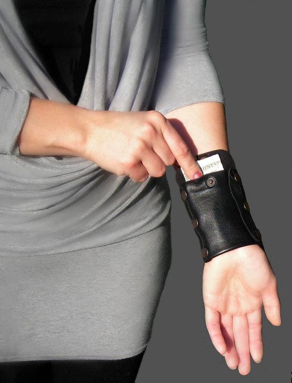 cartera brazo