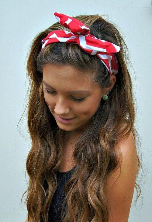 10 maneras de usar una banda para el cabello for Diademas de tela para el cabello