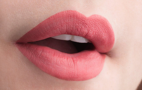 matte lips