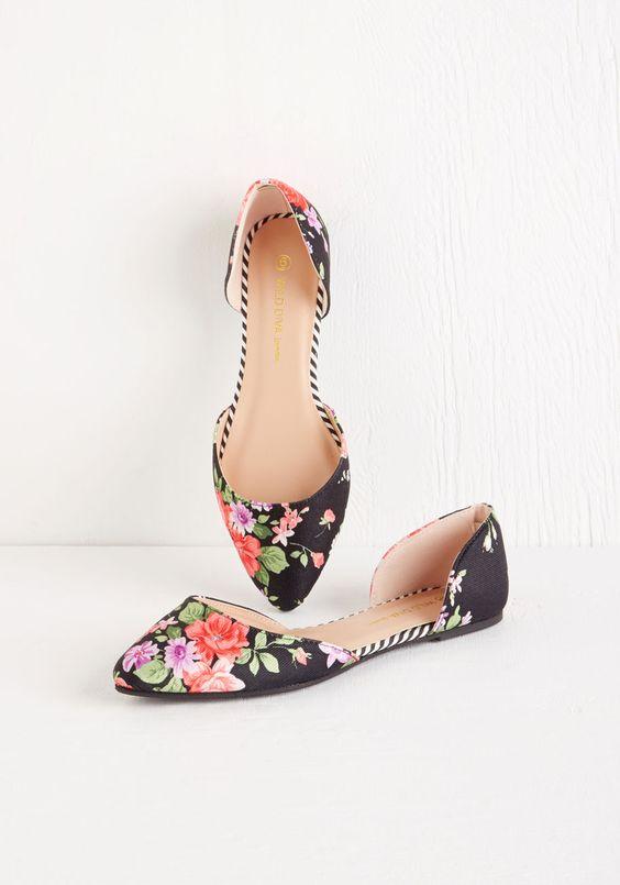 zapatos rayas y flores