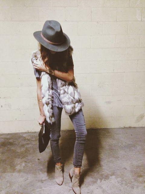 bota con sombrero