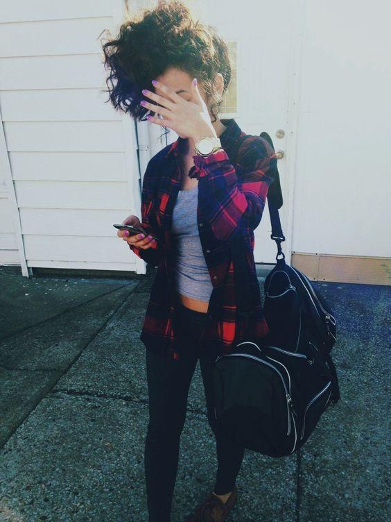 cabello rizado outfit