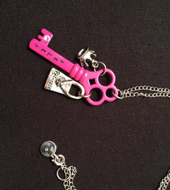 llave rosa