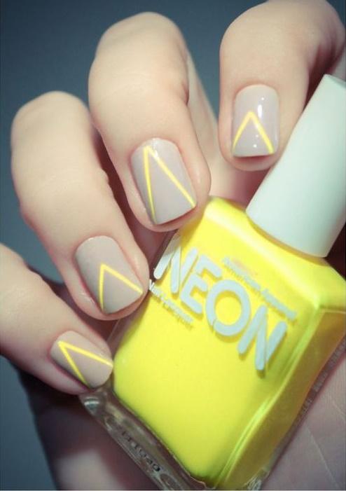 uñas con neon