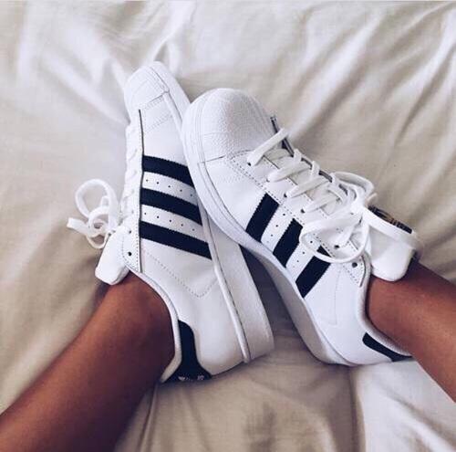 adidas blanco y negro
