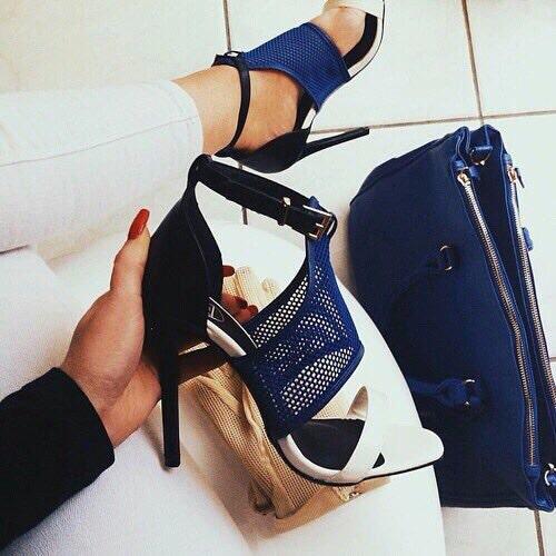 azules con blanco