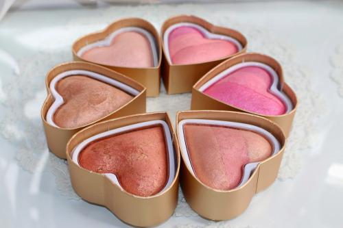 corazon maquillaje