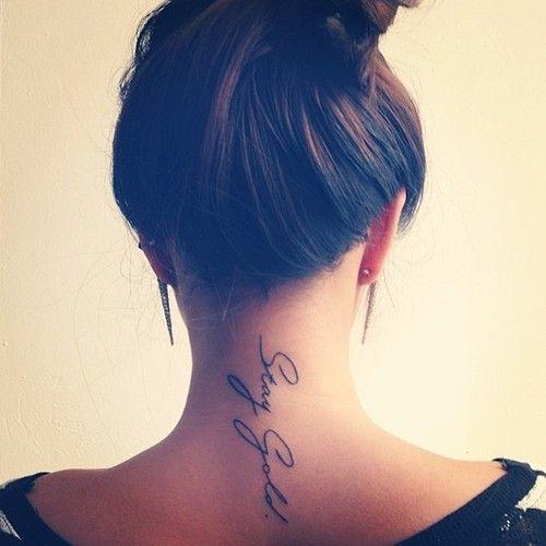 cuello letras