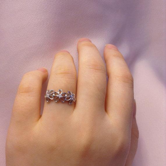 florecillas anillo
