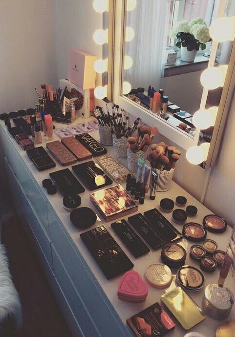 maquillaje escritorio
