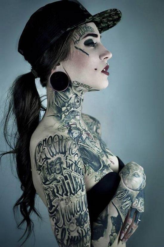 monami frost tatuaje
